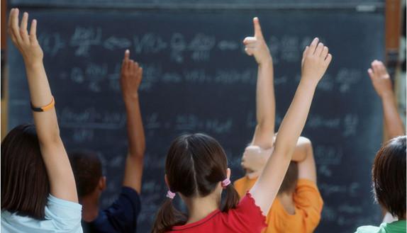La scuola del futuro? Niente voti, zero compiti e zaini aboliti