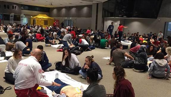 Come salvare una vita: più di 2mila studenti all'opera!