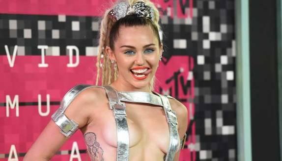 Miley Cyrus: strafalcione incredibile su Instagram!