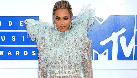 Mtv VMA 2016: Beyoncé regina indiscussa del pop
