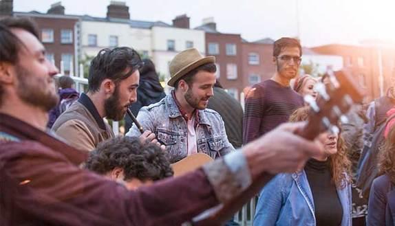 Erasmus: 10 città universitarie dove andare se ami la musica