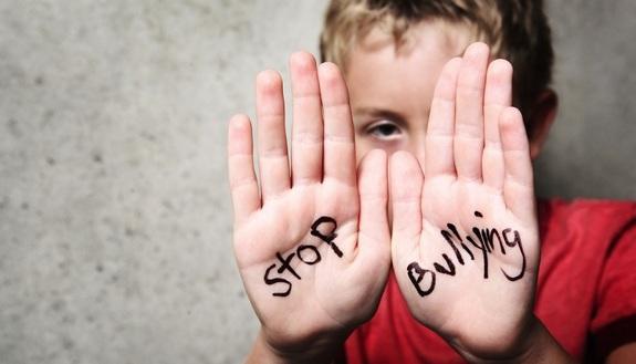 Cyberbullismo, 1 adolescente su 10 ne è vittima