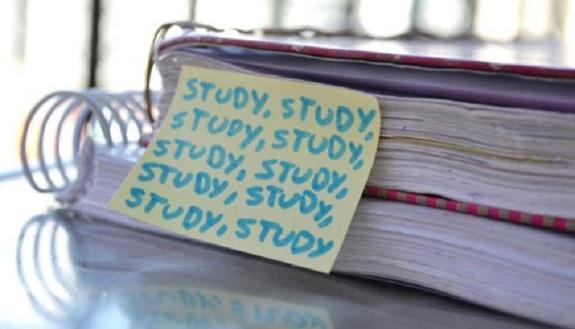 Troppo studio porta ad ansia e depressione: lo dicono i ricercatori americani