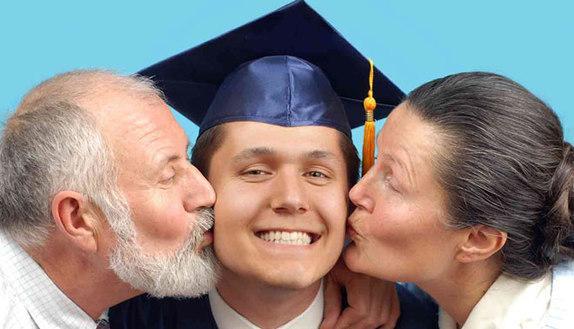 Università o lavoro? Dipende da mamma e papà