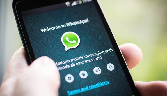 WhatsApp come Snapchat potrai scrivere sulle foto