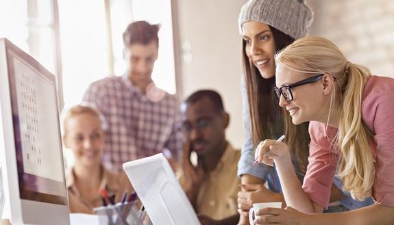 Giovani e lavoro, sognano l'impiego ideale ma non sanno come cercarlo