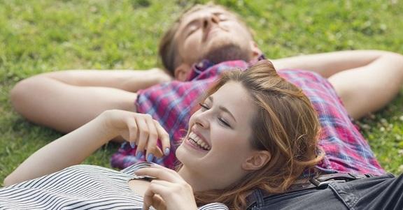 5 motivi per cui devi andare a vivere con il tuo migliore amico!