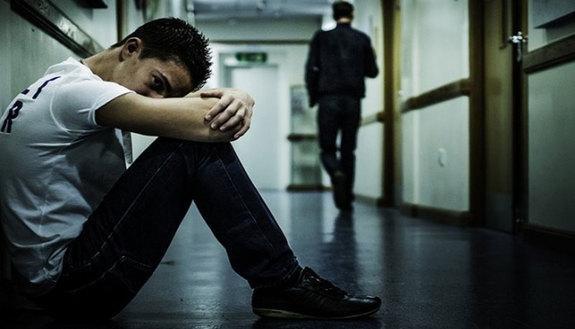 Bullismo: non solo studenti, vanno puniti anche i prof violenti. La lettera