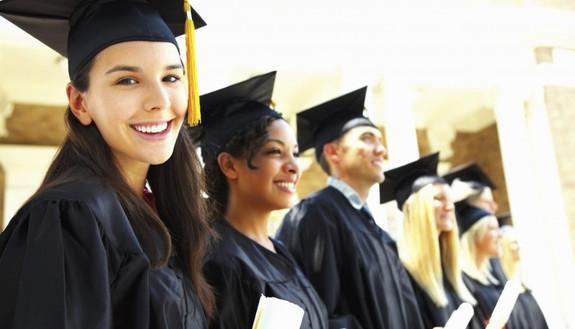 Auguri per la laurea: migliori frasi, citazioni e aforismi