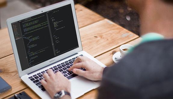 Come diventare programmatore informatico