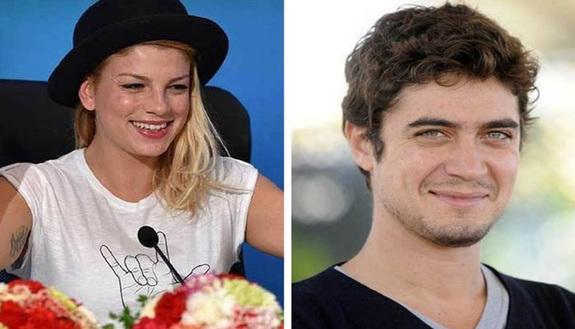 """Emma e Riccardo Scamarcio stanno insieme? Le foto """"incriminate"""""""