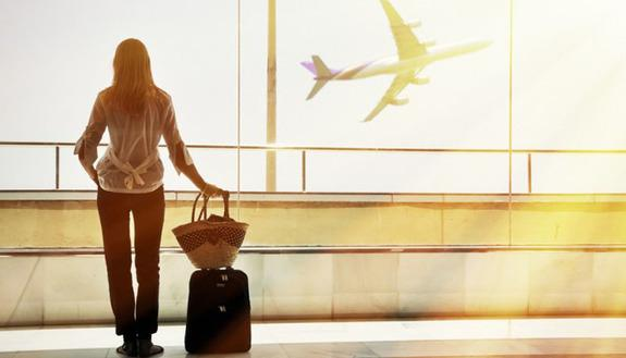 Studenti Erasmus, la proposta Alitalia: biglietti a 40 euro