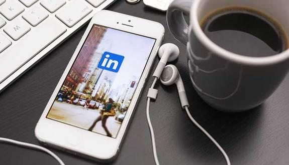Spotlights: è il lavoro giusto per te? Te lo dice LinkedIn