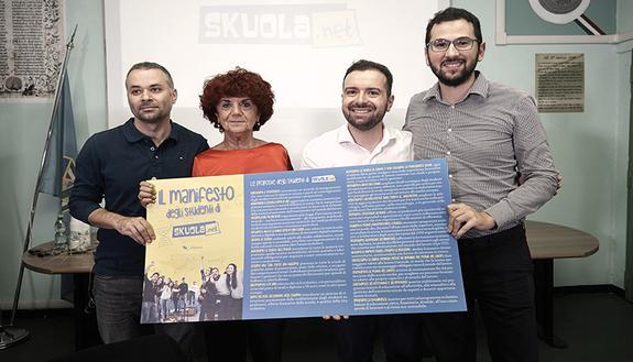 """Ministra Fedeli 'bacchetta' i docenti anti-alternanza: """"È scuola a tutti gli effetti"""""""