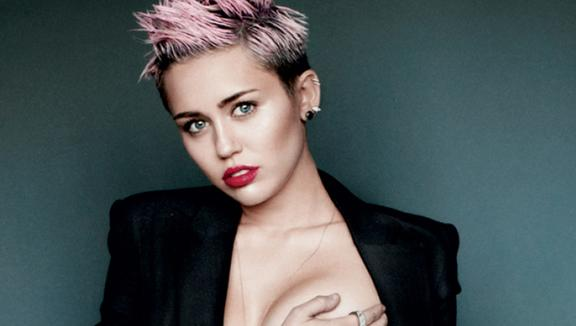 Miley Cyrus: incredibili foto hot hackerate
