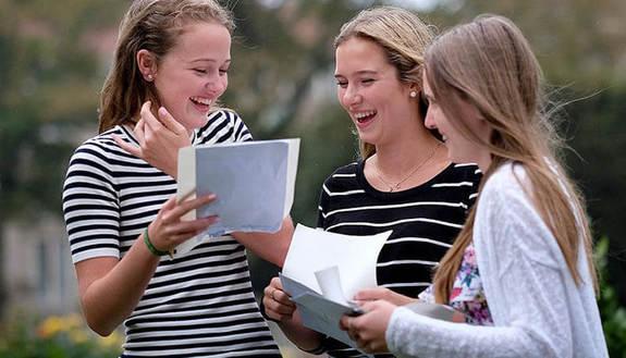 Cambio scuola: i nostri consigli per conoscere i nuovi compagni