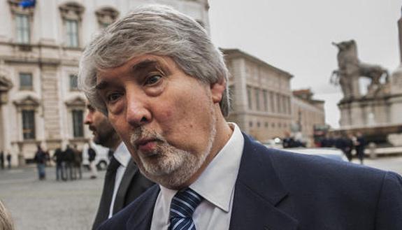 Tutte le volte che il ministro Poletti se l'è presa con i giovani (e viceversa)