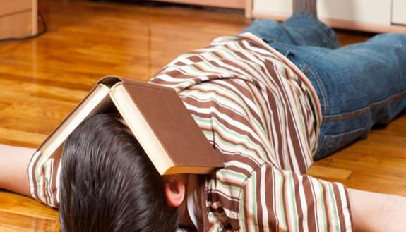 Le 8 scuse più stupide che usiamo per non studiare