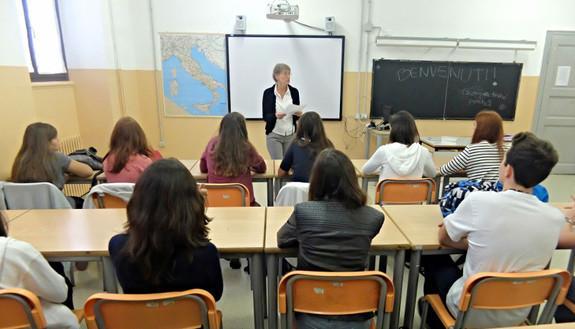 """Terza media, nuove prove d'esame: la """"pagella"""" degli studenti dopo gli scritti"""