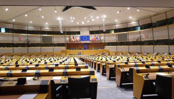 Parlamento Europeo: fino a più di 1300 euro per gli stagisti