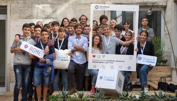 Al via Social Kamp, l'alternanza scuola-lavoro di qualità firmata Facebook e Skuola.net