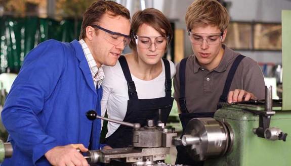 Guida agli ITS: corsi, iscrizioni, scadenze e sbocchi professionali