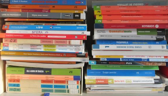 Libri scolastici, lo shop online conquista tutti. E per l'usato le librerie prendono il posto dei mercatini
