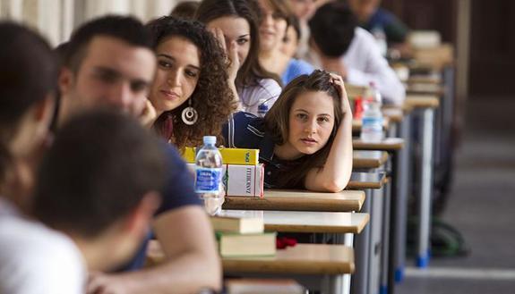 Maturità 2019, cosa si può e non si può fare all'esame: la nota Miur