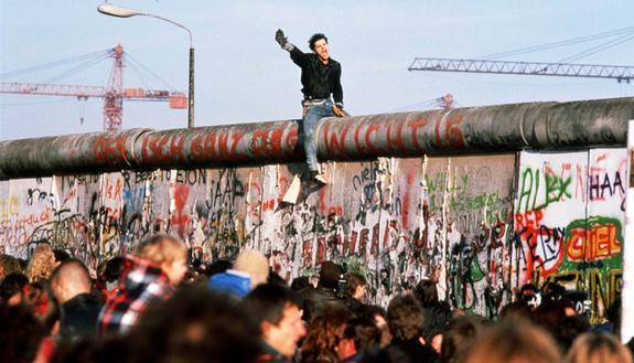 30 anni dalla caduta del muro di Berlino: tutto quello che devi sapere