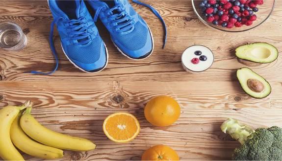 Come mangiare sano e rimanere in forma grazie alle proteine: le regole per una dieta sana
