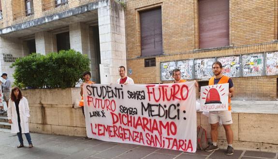 Test medicina 2019: proteste in tutta Italia e flash mob