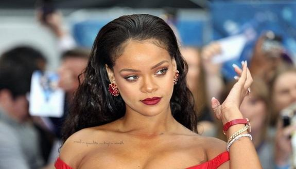 10 inaspettate curiosità su Rihanna
