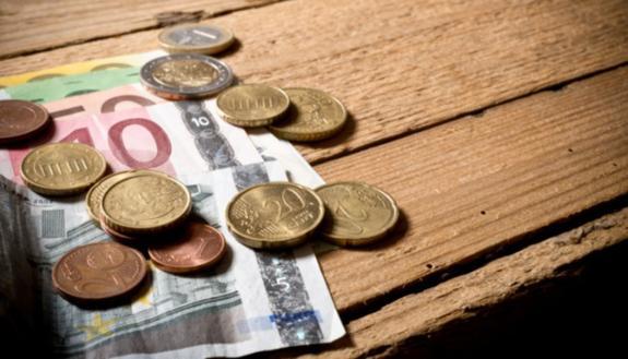 I giovani laureati italiani hanno gli stipendi più bassi d'Europa