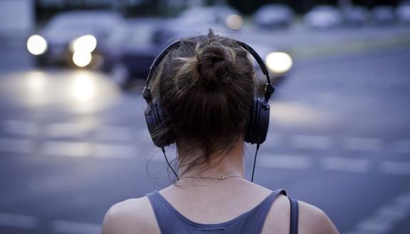 Sanremo 2019, i ragazzi l'ascolteranno in streaming (quasi tutti sullo smartphone)