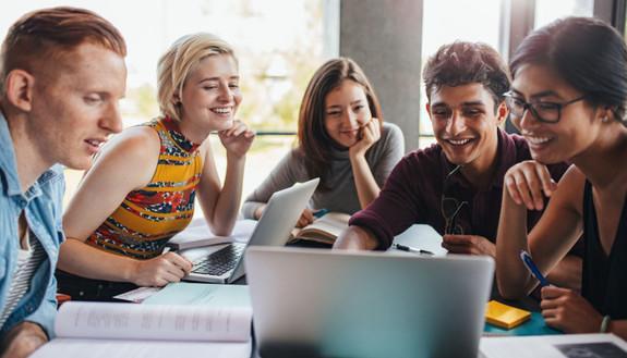 7 motivi per attivare la carta IoStudio