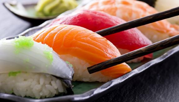 Ti piace il sushi? Mangerai insetti: lo dice uno studio