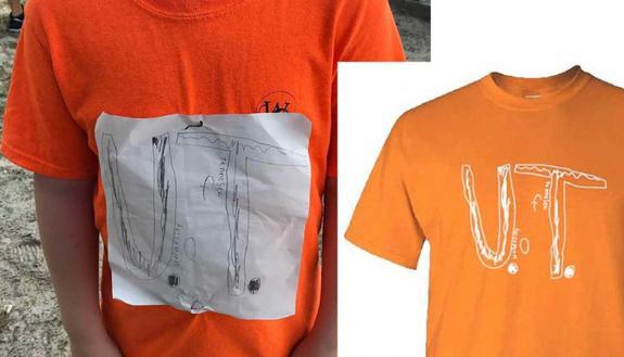 Vittima dei bulli per la maglietta: l'Università la fa diventare t-shirt ufficiale