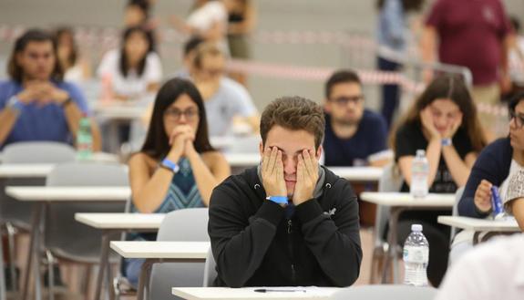 Medicina Cattolica, iscritti al test 2019: più di 8200 candidati