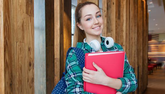 Studi in tre città europee e trovi subito lavoro: ecco la scelta post-diploma per futuri manager