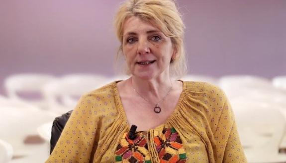 """""""White Mirror"""", a tu per tu con gli scienziati più importanti d'Italia: intervista alla Prof.ssa Cristina Cattaneo"""