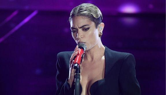 """Elodie: le curiosità sulla cantante di """"Andromeda"""" a Sanremo 2020"""
