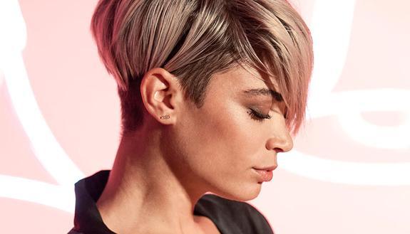 """Elodie """"Andromeda"""": testo e significato Sanremo 2020"""