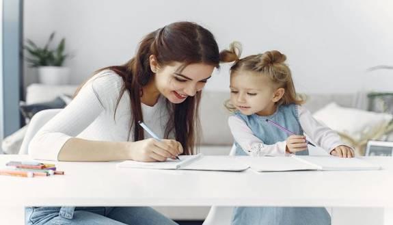 Giornata mondiale degli insegnanti: le migliori frasi da dedicare ai prof