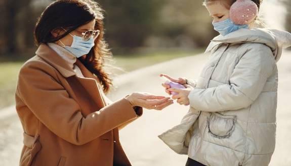 """Azzolina: """"Test rapidi nelle scuole"""" così da evitare quarantene per un raffreddore"""