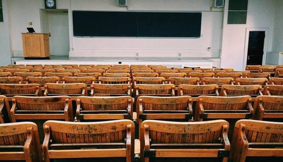 Coronavirus, scuole chiuse in tutto il mondo: 360 milioni di studenti sono già a casa (e si potrebbe sfiorare il miliardo)