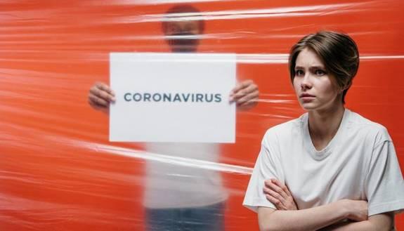 Il Covid è il nuovo incubo della Gen Z: giovani spaventati da contagio e lockdown
