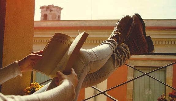 La didattica... al balcone: a Napoli la Dad diventa Dab