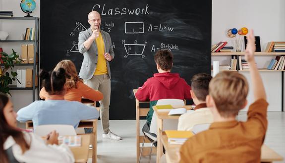 Andare bene a scuola senza studiare troppo: i trucchi vincenti
