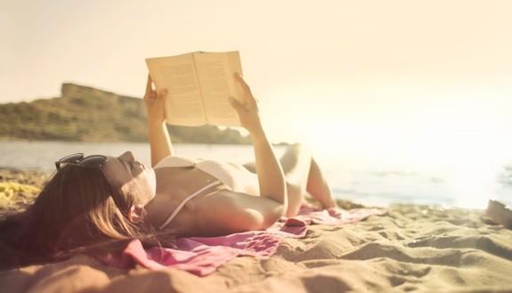 Studio estivo? Trucchi pratici per studiare in spiaggia