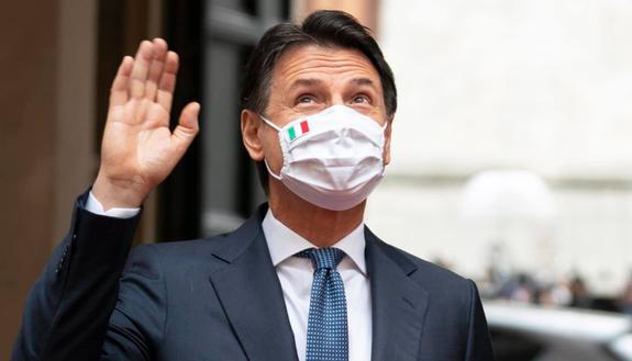 Conte torna all'università di Firenze